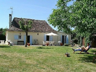 Monfaucon holiday cottage rental in Le Fleix, Dordogne, 'Boutitias'